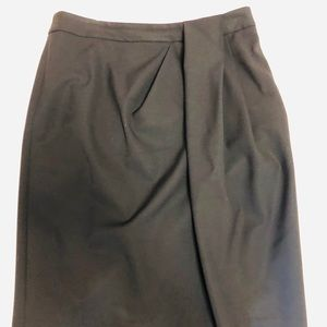 Theory size 6 black one sided pleat midi skirt